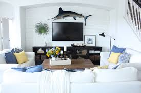 June  Blue White And Yellow In The Family Room Starfish - Cottage family room