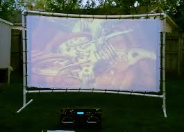 Backyard Projector Screen by Watch Your Favorite Movies Under The Stars With A Diy Backyard
