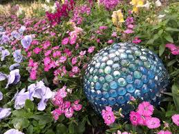 Beautiful Garden Ideas Pictures Easy Diy Projects For Beautiful Garden Accents Hgtv
