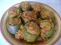cuisiner des courgettes rondes courgettes rondes farcies à la viande hachée les délices de latifa