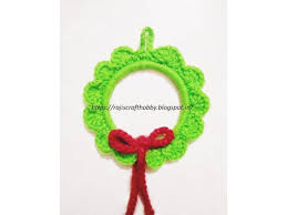 easy diy crochet wreath ornament allfreecrochet