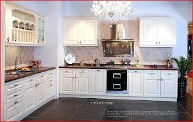 cuisine bois blanc cuisine bois blanc en 9 et noir massif design meonho info