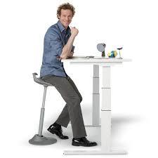 bureau debout assis 10 nouvelles façons de s asseoir au bureau