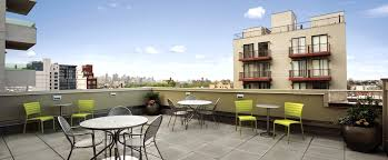 Long Island Patio Queens Hotel With Free Breakfast Home2 Suites Ny Long Island