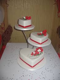 3 tier heart wedding cake with red roses victoria hayton flickr