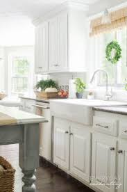 White Cabinets Kitchens Best 25 Painted Oak Cabinets Ideas Only On Pinterest Painting