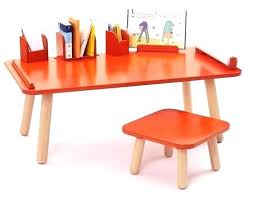 bureau bébé 18 mois bureau pour bebe 80 blocs en bois et plastique 4 roues 12 carracs
