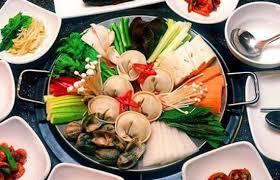 fondue vietnamienne cuisine asiatique fondue vietnamienne photo de ladybird breads cafe hanoï