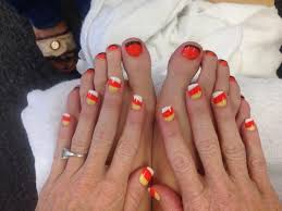 i love finger nails helen did my acrylic and gel candy corn