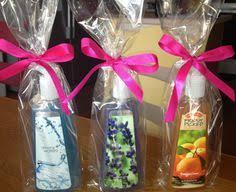 wedding shower hostess gifts diy shower hostess gifts weddingbee boards cara s wedding
