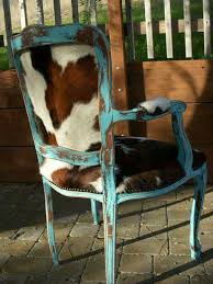 Cowhide Chairs And Ottomans Love This Chair Chairs Pinterest Westerns House And Cow