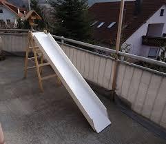 treppe bauen holz rutsche mit treppe fürs wohnzimmer selber bauen spiele
