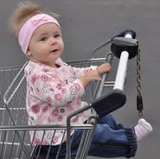 siege auto bebe a partir de quel age a quel âge bébé peut aller dans un parc une poussette un