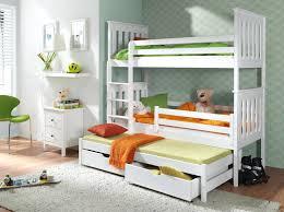 Small Bedroom Closet Storage Ideas 15 Idaces De Dressings Pour Un Petit Appartement Small Bedroom