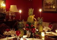 christmas decor for round tables round table christmas decorations home decoration ideas designing