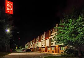 Red Roof Inn Southborough Ma by Red Roof Inn Cleveland Airport Mi Middleburg Heights Oh