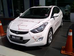 hyundai elantra white life in digital colour the new hyundai elantra review