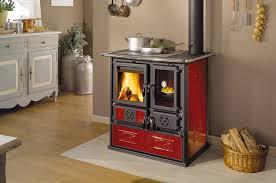 poele à bois pour cuisiner la cuisinière à bois pour cuisiner et chauffer votre pièce
