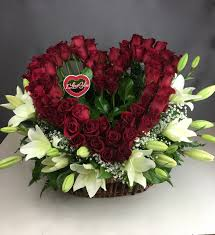 heart of roses basket w lillies flower delivery dallas tx i