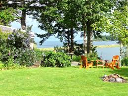 beachwood cottage quiet waterfront cabins for rent in victoria