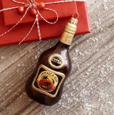 5 boozy ornaments to warm up the season