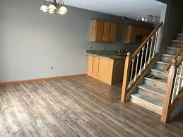 what colors go best with oak trim need advice paint golden oak trim white or leave it