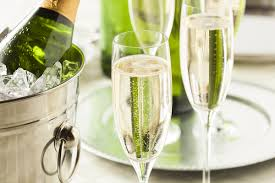 5 must have drinks for new years eve party celebrations city nye