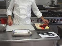 organisation du travail en cuisine organiser le poste de travail pour tailler des légumes webtv