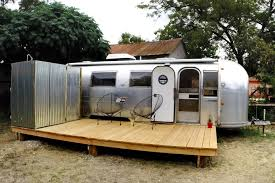Vintage Airstream Interior by Airstream Renovations Buscar Con Google Trailers Pinterest