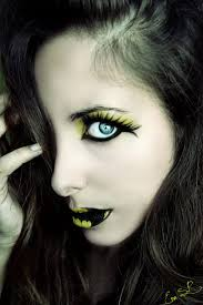 Eye Halloween Makeup by Best 25 Batgirl Makeup Ideas On Pinterest Batman Makeup