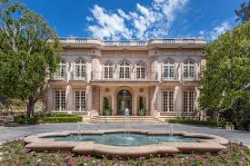 extravagant 1990s estate built for u0027architectural digest u0027 founder