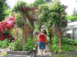 sooke secret gardens
