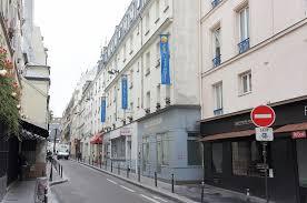 Comfort Hotel Paris La Fayette 파리호텔 시내와 가까우나 방이 작은 비즈니스 호텔 콤포트 호텔