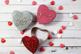 Blank Boxes To Decorate Diy Vintage Look Paper Mache Heart Boxes