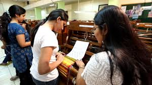 Best Schools For Fashion Merchandising Fashion Apparel Visual Merchandising Colleges In India Htcampus