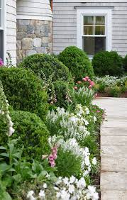 Landscaping Ideas For Front Of House by 447 Best Front Yard Designs Images On Pinterest Front Yard