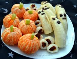 healthy halloween treats lychee eyeballs banana ghosts