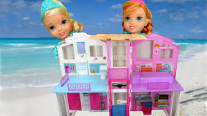beach house elsa u0026 anna toddlers visit barbie u0027s ocean home