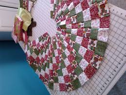 christmas tree skirt a little late blogs quilting board