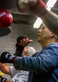 utah group battling parkinson u0027s disease with boxing deseret news