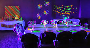 neon party fascinating neon party ideas twuzzer