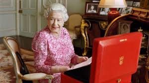 Queen Elizabeth Ii Corgis by Queen Elizabeth Ii Facts About Uk U0027s Longest Serving Monarch