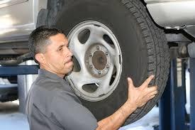 lexus cerritos service department car repairs at a dealership vs independent maintenance facilities