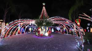 winter park christmas lights winter park home featured in abc s great christmas light fight youtube