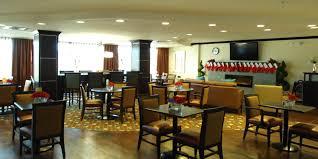 Kitchen Express Holiday Inn Express U0026 Suites Alpine Southeast Hotel By Ihg