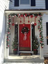 Brylane Home Christmas Decorations 365 Best Front Door Christmas Decorating Ideas Images On Pinterest