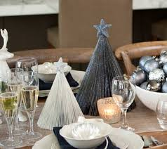 37 christmas table decorations u0026 place settings holiday tablescapes