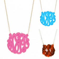 acrylic monogram necklace jewelry swoon bauble bar acrylic monogram necklace chitown