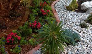 best mulch landscaping ideas on pinterest sidewalk front walkway