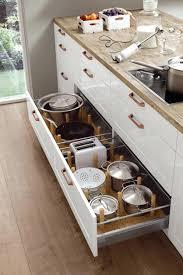 tiroir interieur cuisine tiroir interieur placard cuisine les inspirations avec amenagement